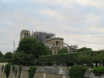 Notre-Dame - 2019-05-16 - View from the south-east.jpg