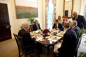 Dick Durbin - Durbin eating lunch with President Barack Obama, Vice President Joe Biden, and House Majority Leader Steny Hoyer.