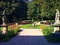 Ogród za pałacem Mieroszewskich - panoramio.jpg