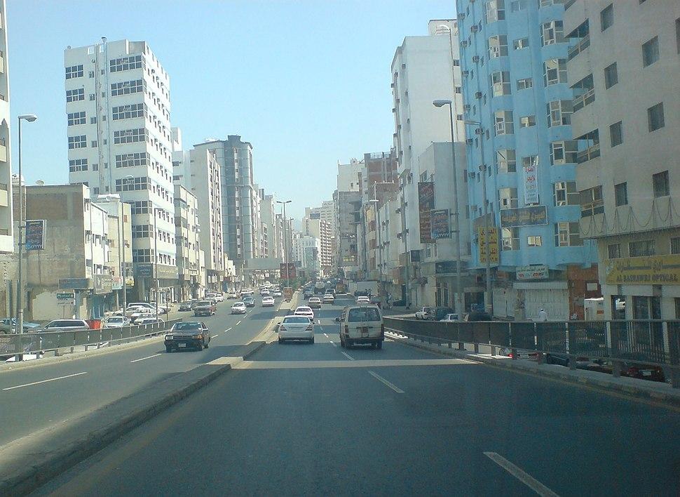 شارع أم القرى.