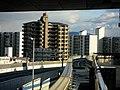 Osaka-monorail Minamiibaraki station platform - panoramio (5).jpg