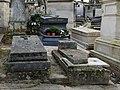 Père-Lachaise - Division 49 - chemin Casimir Delavigne 04 (cropped).jpg