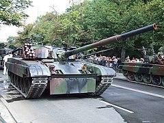 PT 91 Twardy Na Defiladzie Z Okazji Wita Wojska Polskiego W Warszawie