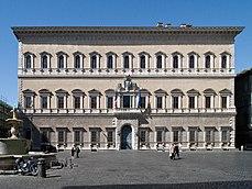 Palazzo Farnese in Rome.jpg