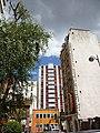 Paris 75020 Rue Villiers-de-l'Isle-Adam no 128 Hôtel au Fleuri 20150729.jpg