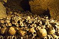 Paris catacombs (33877557883).jpg