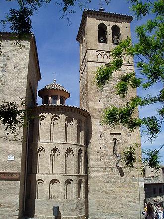 Iglesia de Santa Leocadia, Toledo - Tower and apse of the church
