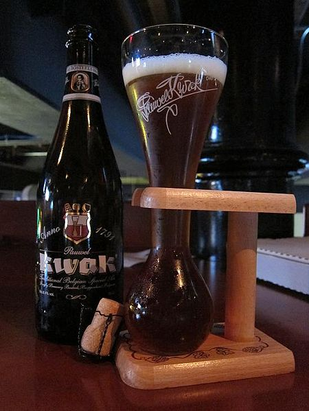 File:Pauwel Kwak as served at World of Beers in Columbus ...