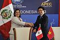 Perú y Vietnam suscriben Memorándum de Entendimiento y Cooperación en APEC (10170870763).jpg