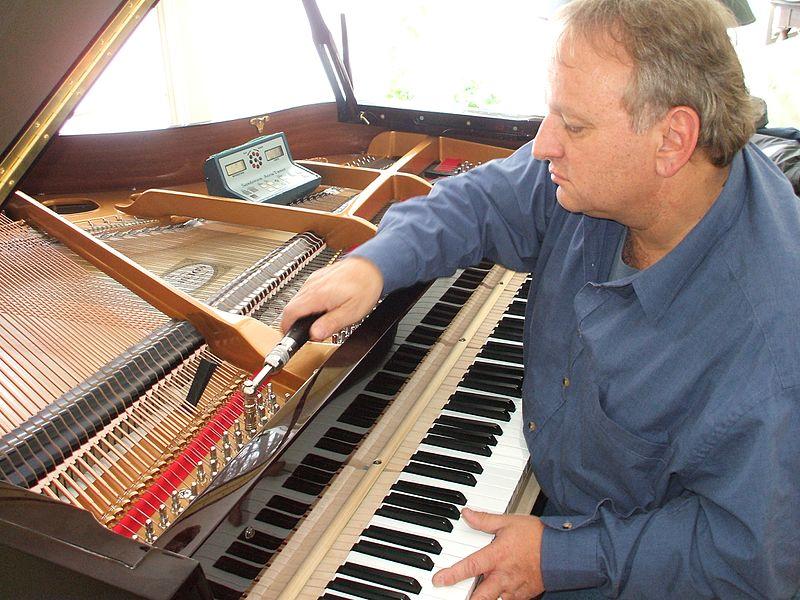 File:Piano tuner 2.jpg