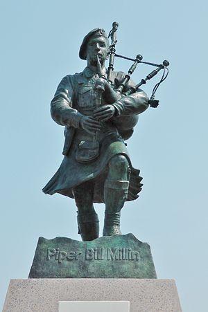 Bill Millin - Piper Bill Millin Statue at Sword