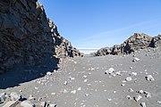 Placas tectónicas de Eurasia y Norteamérica, Suðurnes, Islandia, 2014-08-13, DD 025.JPG