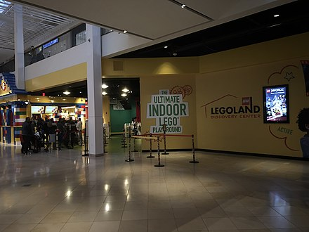 Fantastic Plymouth Meeting Mall Wikiwand Home Interior And Landscaping Oversignezvosmurscom