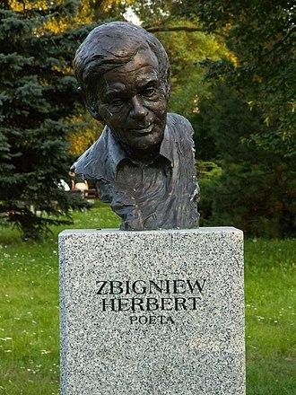Zbigniew Herbert - Statue of Zbigniew Herbert in Kielce, Poland