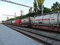 Praha-Hostivař, kontejnerový vlak.jpg