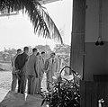 Prins Bernhard komt aan bij de Surinaamse Brouwerij N.V. te Paramaribo ter geleg, Bestanddeelnr 252-4304.jpg