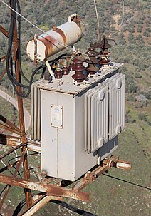 Distribution transformer - Wikipedia