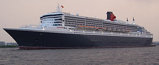 Queen Mary II Einlaufen Hamburg Hafengeburtstag 2006 -2.jpg