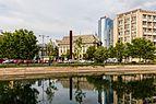 Río Dambovita, Bucarest, Rumanía, 2016-05-29, DD 60.jpg