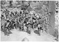Ravitaillement des troupes de renfort à Oppacchiasella - Médiathèque de l'architecture et du patrimoine - AP62T104601.jpg