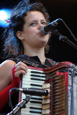 Regine at Rock en Seine 2005.jpg