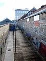 Retour mur du parc de l'artillerie - panoramio.jpg