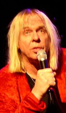 RickWakeman2003-crop.jpg