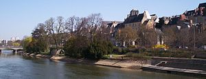 Sarthe (river) - Image: Rive gauche de la Sarthe