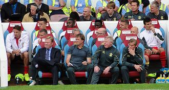 Southampton F.C. - Koeman (front left) as manager