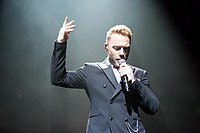 Ronan Keating - 2016330211155 2016-11-25 Night of the Proms - Sven - 1D X II - 0469 - AK8I4805 mod.jpg