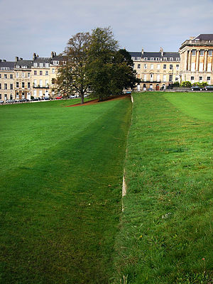 Royal Crescent - Ha-ha in front of the Royal Crescent