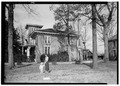 SIDE VIEW OF HOUSE. (SOUTH) - Dr. E. W. Daugette House, 601 North Pelham Road, Jacksonville, Calhoun County, AL HABS ALA,8-JACVI,5-2.tif
