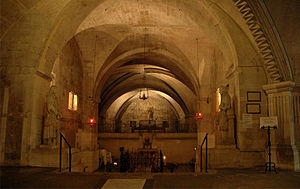 Abbey of Saint-Gilles - View of the crypt.