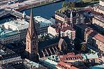 Sankt Petri kyrka–flygbild 06 september 2014.jpg