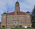 Saunders County Courthouse (Nebraska) from E 2.JPG