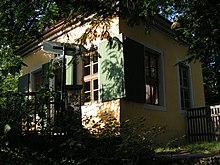 Das Schillerhäuschen auf dem Körnerschen Weinberg in Loschwitz bei Dresden, wo Schiller vom 13.September 1785 bis zum Sommer 1787 wohnte. (Quelle: Wikimedia)