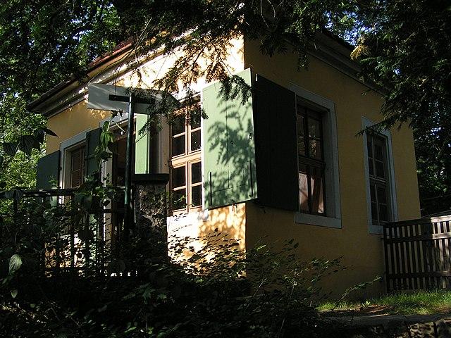 Дом в деревне Лошвиц, где с 13 сентября 1785 года до лета 1787 года жил Фридрих Шиллер