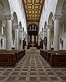 Schottenkirche St. Jakob Innenraum Unten.jpg