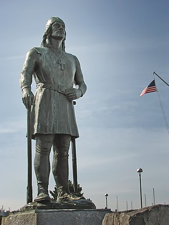 Leif Erikson - Leif Erikson memorial statue at Shilshole Bay Marina (Port of Seattle)