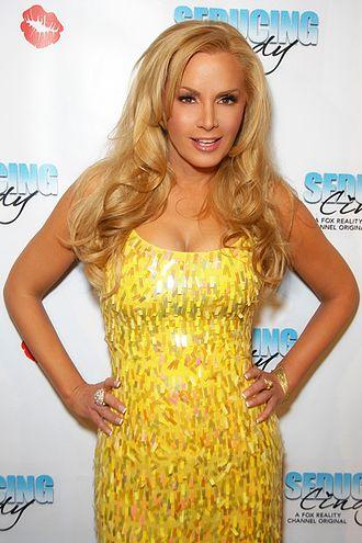 Cindy Margolis - Cindy Margolis promoting her show Seducing Cindy in 2010