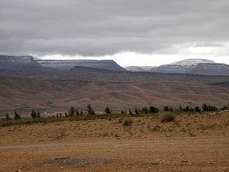 Ouled Naïl Range - Landscape of the range in the winter with the Djebel Selat near Bou Saada