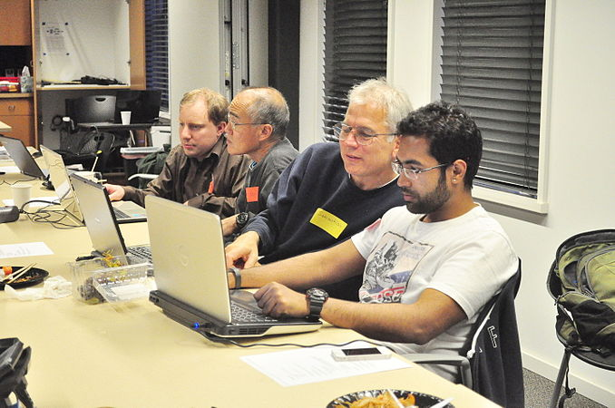 September 2015 Seattle Wikipedia APA edit-a-thon 01.jpg