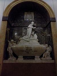 Sepulcro del cardenal Luis María de Borbón (Catedral de Toledo).jpg