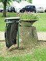 Serbonnes-FR-89-centre social-parc-poubelle-1.jpg