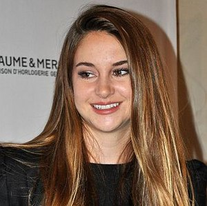 Divergent (film) - Shailene Woodley portrays Beatrice Prior.