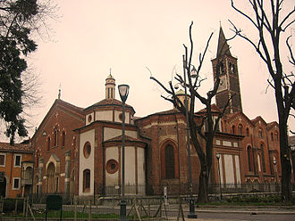 Basilica of Sant'Eustorgio - The right side of the church.