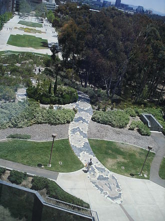 Geisel Library - Snake Path as seen from Geisel