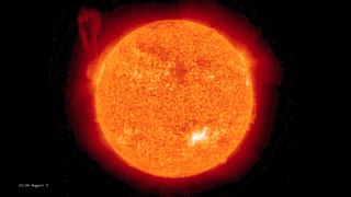 Fitxategi:Solar Storm on August 1, 2010.ogv