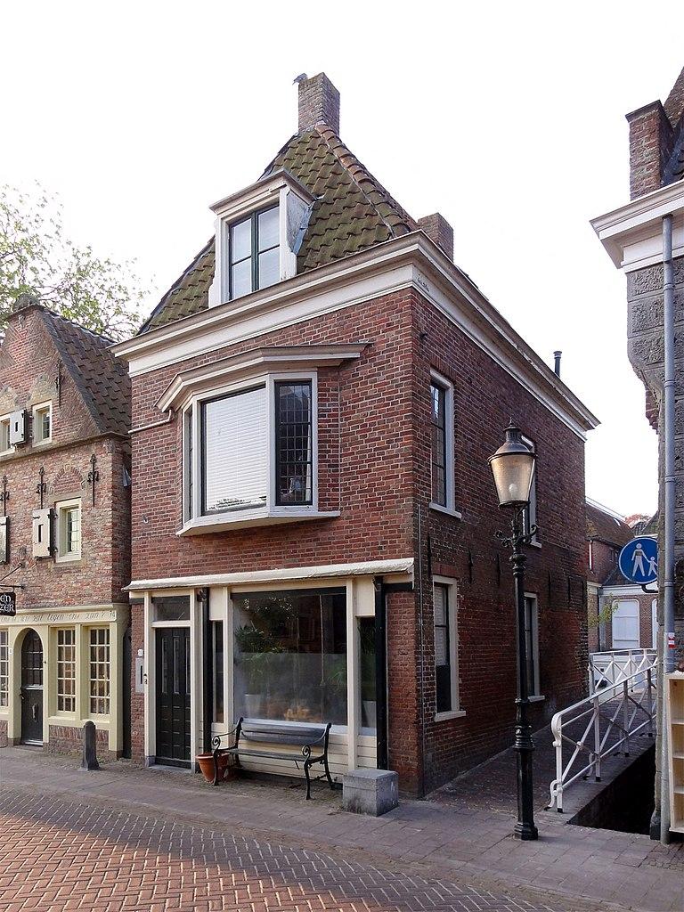 Meer dan 1000 idee n over bakstenen huis kleuren op pinterest grijze bakstenen huizen oranje - Stenen huis uitbreiding ...