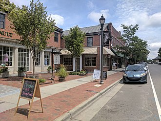 Southern Pines, North Carolina - Shops along N Broad St